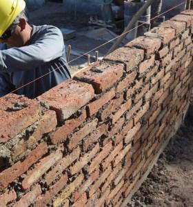 Tras el derrumbe 2020, la actividad de la construcción se disparó 97,6% en marzo