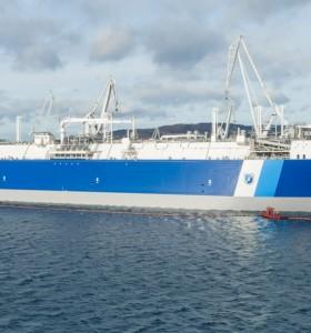El regasificador Exemplar llegó a Bahía Blanca para inyectar gas al sistema