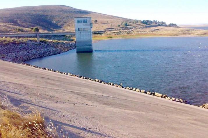 Licitaron la obra de acueducto que va del Dique Paso de las Piedras hasta Grünbein