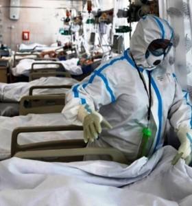 """""""Meseta o leve descenso"""" de la ocupación de camas de terapia intensiva"""